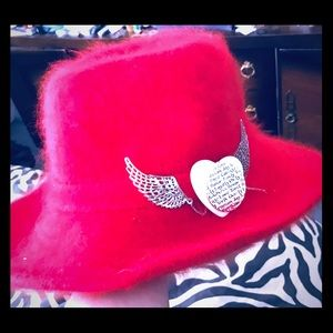 Accessories - ⭐️RED ANGORA GORGEOUS HAT W/ANGEL WINGS/BRND NEW⭐️